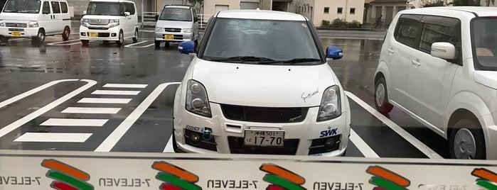 セブンイレブン 福岡横浜2丁目店 is one of セブンイレブン 福岡.