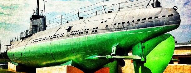 Музей подводной лодки Д-2 «Народоволец» is one of Интересное в Питере.