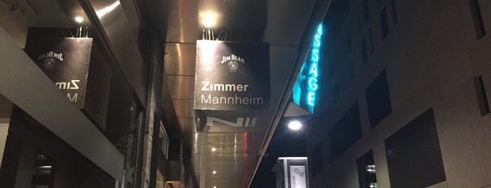 Zimmer is one of Nachts [D].