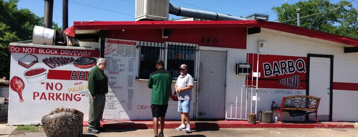 Meshack's Bar-be-que Shack is one of BBQ Joints in Texas.