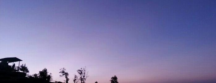 อุทยานแห่งชาติขุนสถาน is one of ลำพูน, ลำปาง, แพร่, น่าน, อุตรดิตถ์.
