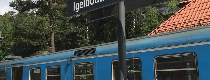 Igelboda (L) is one of SE - Sthlm - Saltsjöbanan.