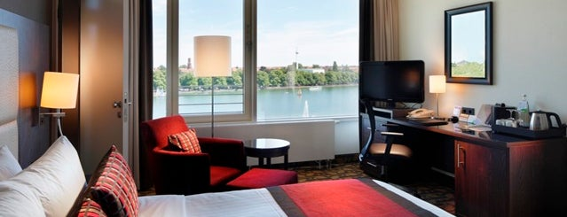 Courtyard by Marriott Hannover Maschsee is one of Hotels.