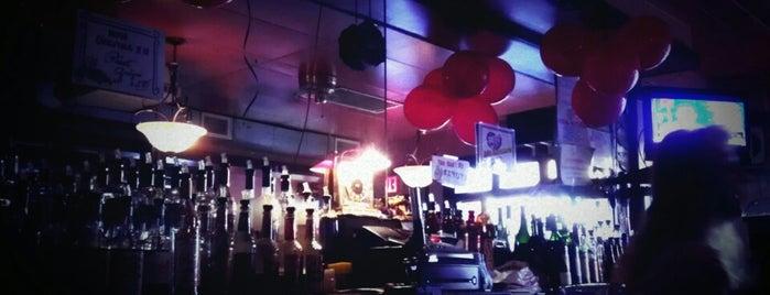 Li'l Pub is one of crash course: dc.