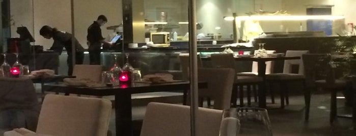 Tahini Sushi Bar & Restaurant is one of Restaurantes Malaga.