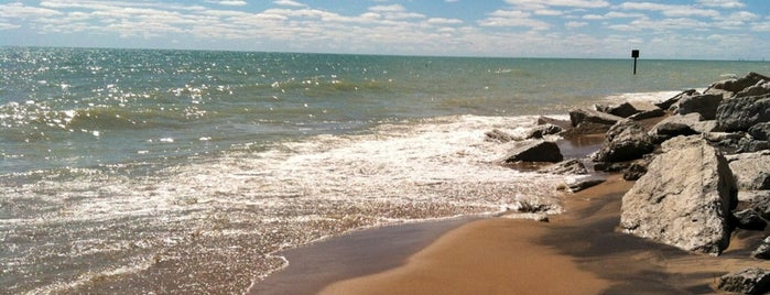 Illinois Beach State Park is one of Illinois: State and National Parks.