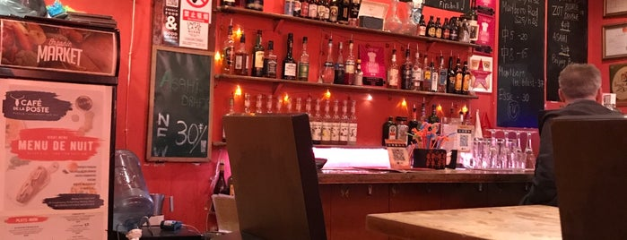 Café de la Poste is one of Date Night.