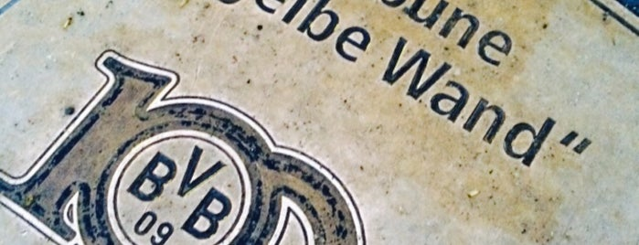 "BVB Walk of Fame #98 Südtribüne ""Die gelbe Wand"" is one of SU Text/Adresse."