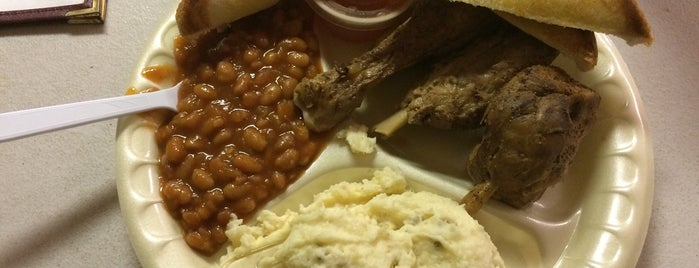Cripple Creek BBQ is one of Food.