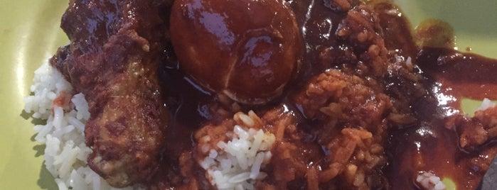 Nasi Kandar Royale is one of Best food porn in Alor Setar.