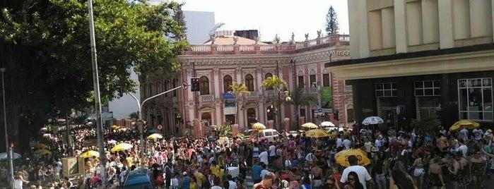 Bloco Dos Sujos is one of Lugares que já dei checkin.
