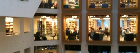 Københavns Hovedbibliotek is one of Biblioteker København.