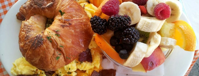 Hollywood Cafe is one of The 15 Best Places for a Brunch Food in San Francisco.
