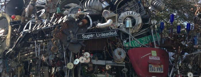 Cathedral of Junk is one of Roadside Discoveries.
