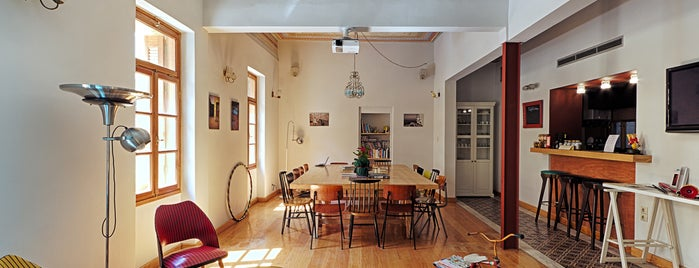 City Circus Athens Hostel is one of To try.