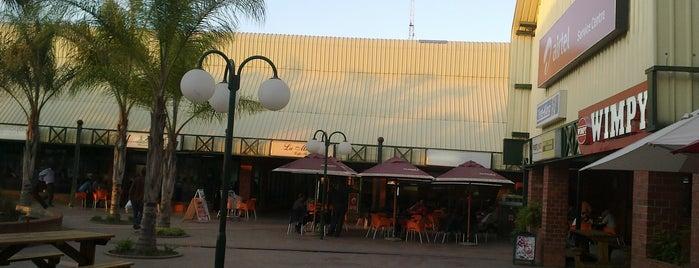 Arcades is one of Zambiya Victoria Selalesi.