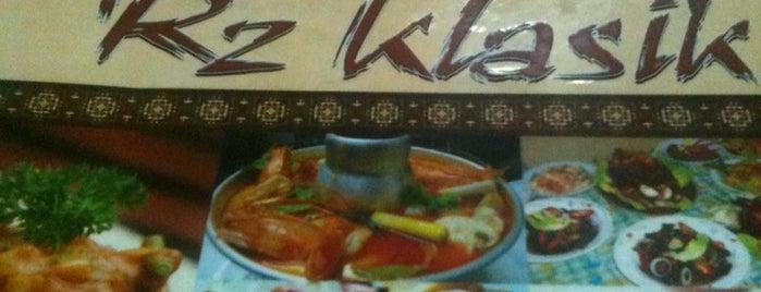 Restoran RZ Klasik is one of Makan @ Utara #12.