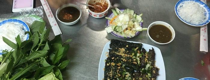 Cô Liên Bò Lá Lốt is one of Saigon Local Eats.