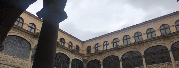 Palacio de los Guzmanes is one of 1,000 Places to See Before You Die - Part 2.