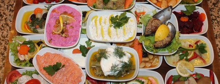 Selimiye Birtat Meyhanesi is one of istanbulda arka sokak lezzetleri.