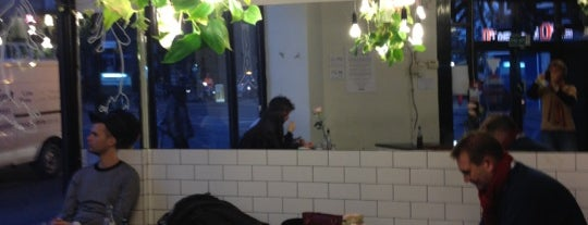 Old Shoreditch Station is one of Cafés with Wifi and Plugs.