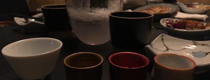 재패니즈 다이닝 안심 (安心) is one of The 15 Best Places for Sushi in Seoul.
