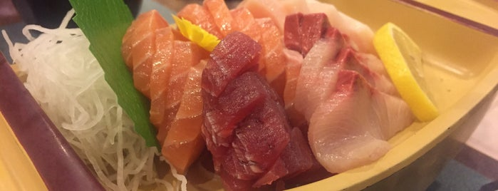 Ikoi Japanese Restaurant is one of Hole-in-the-Wall finds by ian thomtori.