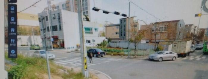 하나윈건축사사무소 Hanawin ARCHITECT is one of 공항.
