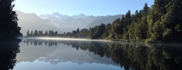 Lake Matheson is one of New Zealand.