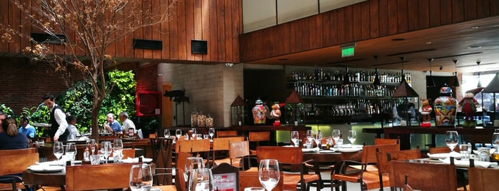 Rubaiyat is one of The 15 Best Places That Are Good for Groups in Santiago.