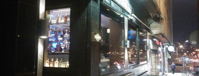 Cafe Bar Regueira is one of De mucho us.