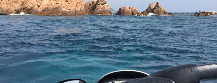 Illes Formigues is one of Dive sites.