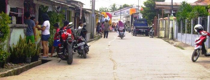 Alfamart. Kavling Keuangan. Kedaung. is one of Places in Pamulang. Tangerang..