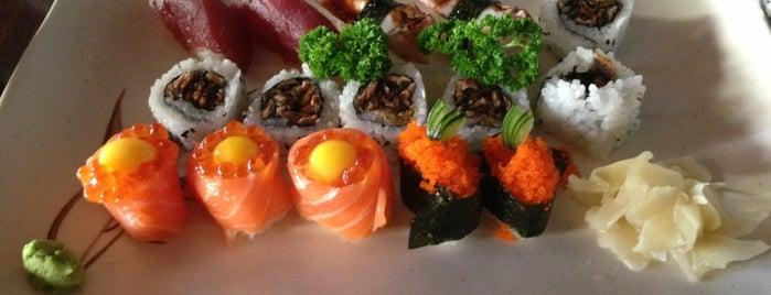 Sushi Den is one of Restaurante Japonês.