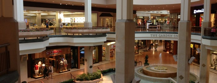 Nordstrom Saint Louis Galleria is one of Black Friday 2011.