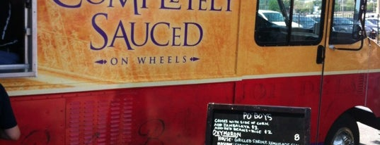 Completely Sauced is one of Saint Louis Food Trucks.