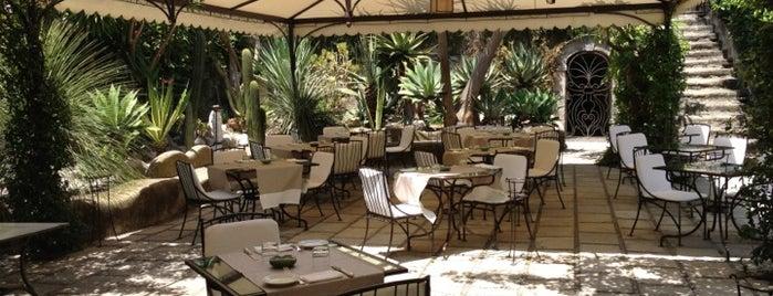 Al Palazzo is one of Honeymoon in Amalfi Coast.