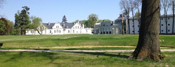 Pałac Romantyczny is one of Hotels in Torun.