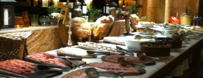 La Bistecca is one of @Buenos Aires.