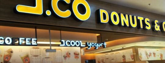 J.CO Donuts & Coffee is one of Plaza Mulia.