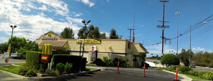McDonald's is one of WiFi-friendly and/or Laptop-ready in SFValley+.