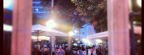 Plaza de Calvo Sotelo is one of Alicante (plazas y jardines).