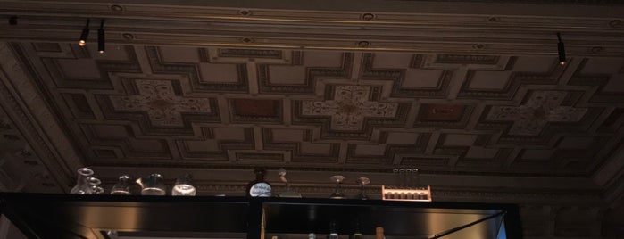 Salon Plafond is one of Vienna Favorites.