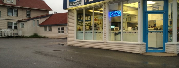 Leonardo's Pizza is one of The 15 Best Places for a Vegan Food in Portland.