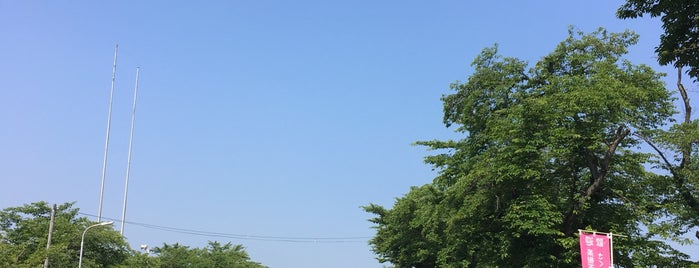 陸上自衛隊 神町駐屯地 is one of 公的機関.