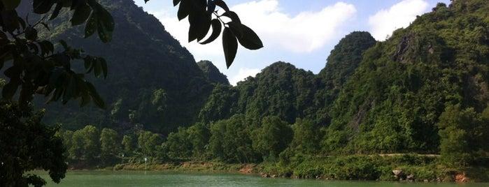 Vườn Quốc Gia Phong Nha-Kẻ Bàng (Phong Nha-Ke Bang National Park) is one of UNESCO World Heritage Sites (Asia).