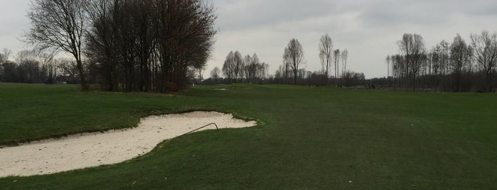 Golfclub Overbrug is one of golf course.