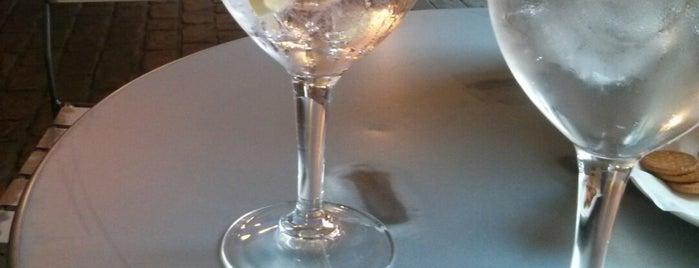 basarri gin club is one of Madrid.