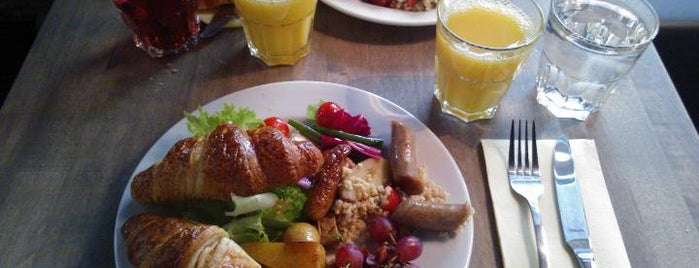 Kuja Bar and Bistro is one of Visit Kallio: What to See & Do in Uptown Helsinki.