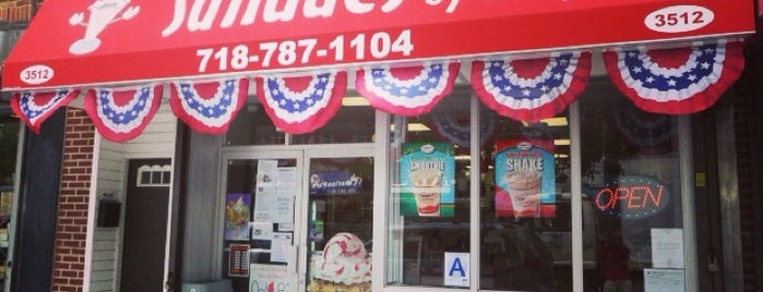 Sundaes By The Park is one of I Scream badge- New York.